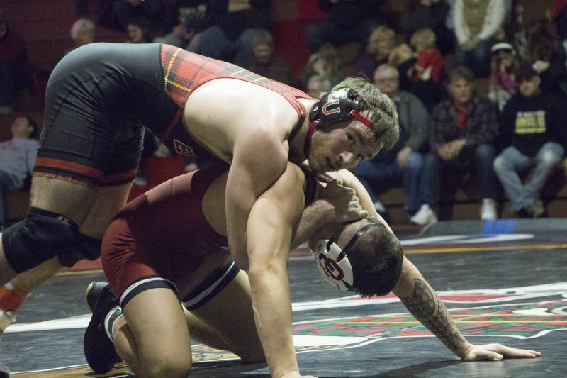 Two Edinboro wrestlers win in loss to Oklahoma  by Chris Rosato Jr.