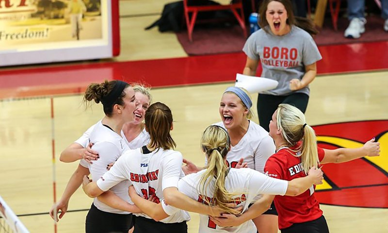 Women's volleyball sweeps crossover by Becca Martin