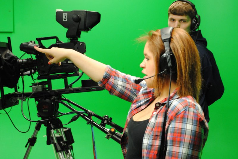 Edinboro University Hosts 10th Annual High School Journalism Competitions by Hannah Webster