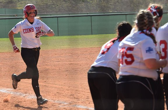 Softball Drops a Pair at 18th Ranked California Vulcans by Michael McLaughlin