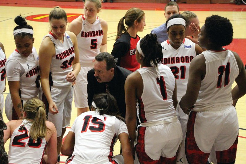 Women's basketball in midst of 6-game run by Mike Lantinen