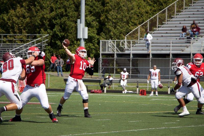 Edinboro Football falls to nationally ranked Indiana University (Pa.) by Mike Lantinen