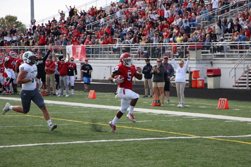 Edinboro Fighting Scots football has huge offensive day, totaling 826 all-purpose yards, two shy of conference mark by Mike Lantinen
