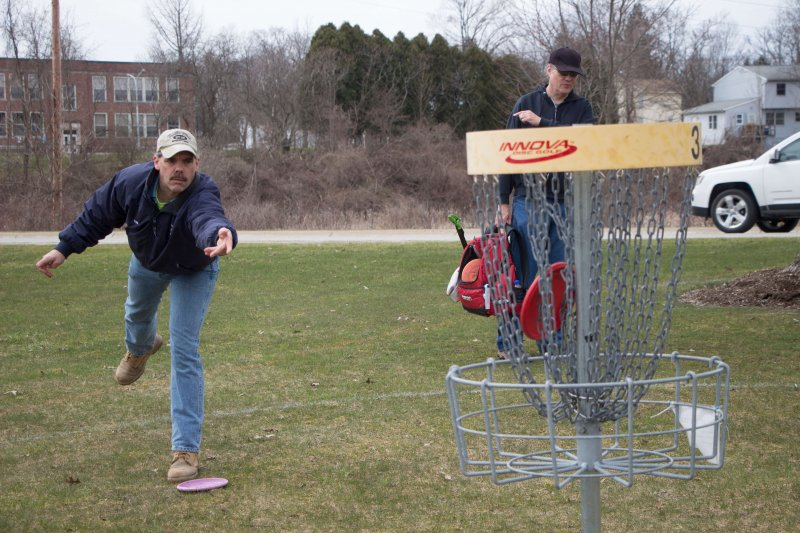 EU Disc Golf Association hosts tournament, raises funds for charity by Erica Burkholder