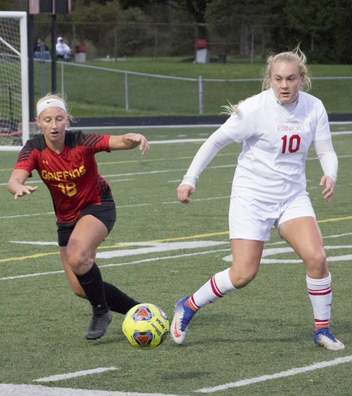 Soccer drops midweek match-up to Griffins by Erica Burkholder