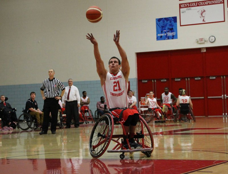 Wheelchair basketball loses thrice at national tournament by Erica Burkholder