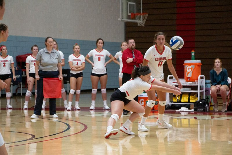 Volleyball wins 2 straight, but still room for improvement by Amber Chisholm