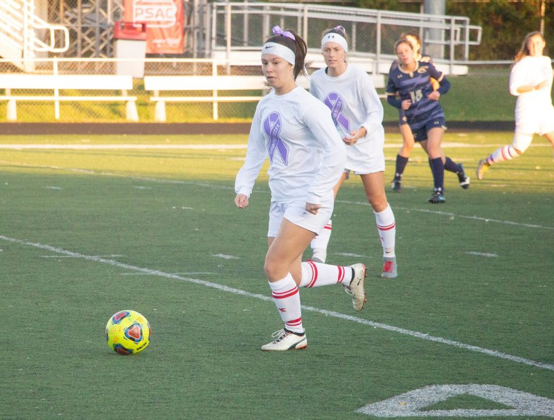 Soccer team battles Clarion to a tie by Amber Chisholm