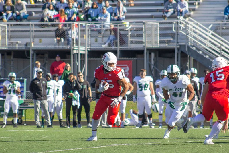 Edinboro defense clips Griffins' wings en route to a decisive win by Chase Rowland